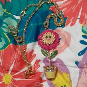 Betsey Flower pot Necklace